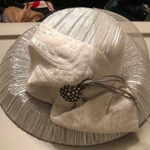 Silver Ashro hat